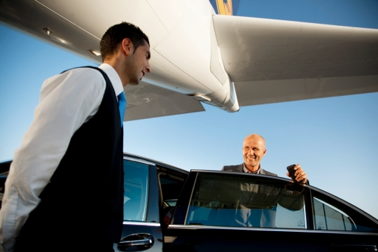 Lufthansa garantiza que todos sus pasajeros lleguen a sus destinos a tiempo y sin estresarse