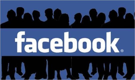 PressRelease facebook-700-millones-usuarios